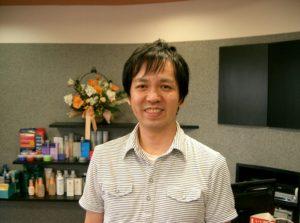 くせ毛カットに特化した美容室『カットステージ アシュ』兵庫県姫路市八代434番地 079-222-7656ショートカットが得意なくせ毛専門美容室詳しくはこちらから