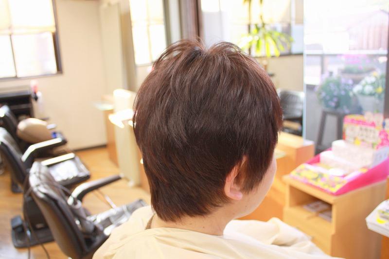 カット後そのまま くせ毛ブローレスカット 毛流補正 つむじ割れ修正