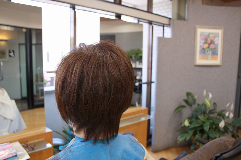 カット後そのまま トップの髪が動きやすく えりあしフィット